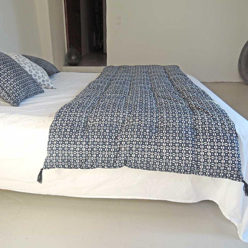 édredon sofa cover pour bout de lit